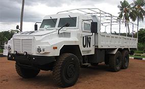 轻型防护型巡逻车