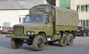 """六驱越野卡车运兵车新款EQ2082更""""皮实"""""""