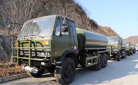 六驱越野油罐车能改装成越野消防车和洒水车吗