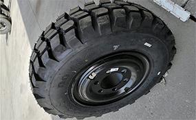EQ2082军车轮胎